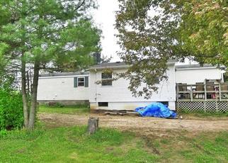 Pre Foreclosure in Galesville 54630 OAK RIDGE DR - Property ID: 1379433424