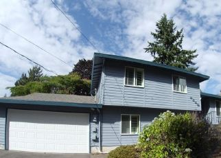 Pre Foreclosure in Puyallup 98373 118TH ST E - Property ID: 1379541608