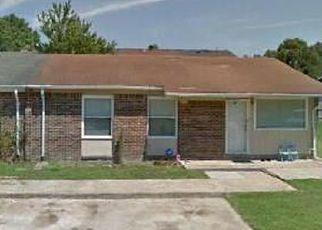 Pre Foreclosure in Virginia Beach 23453 TREWEY CT - Property ID: 1379598993