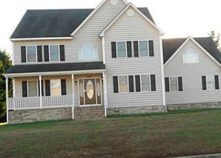 Pre Foreclosure in Petersburg 23805 BLAND RIDGE CT - Property ID: 1379677373