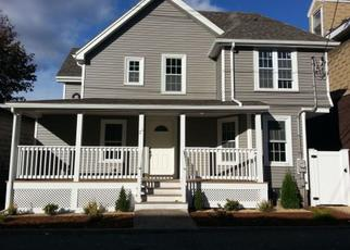 Pre Foreclosure in Woburn 01801 UNION ST - Property ID: 1379931399