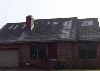 Pre Foreclosure in Gurley 35748 MCMULLEN RD - Property ID: 1380698741