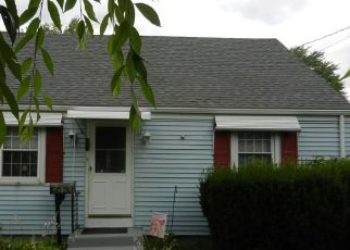 Pre Foreclosure in Newington 06111 CAMP AVE - Property ID: 1380813481