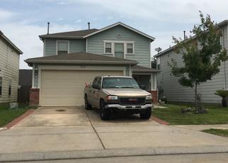 Pre Foreclosure in Tomball 77375 SUGAR BOWL DR - Property ID: 1381042995