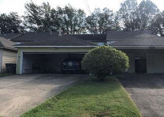 Pre Foreclosure in Memphis 38115 DEER XING - Property ID: 1381431910