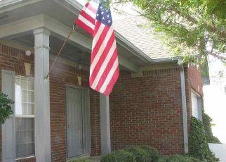Pre Foreclosure in Calera 35040 BEDFORD CIR - Property ID: 1381627678