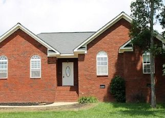 Pre Foreclosure in Rainsville 35986 CREEK DR - Property ID: 1381637759