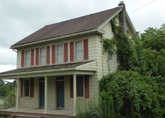 Pre Foreclosure in Windsor 17366 MANOR RD - Property ID: 1381748561