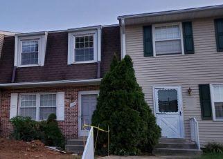 Pre Foreclosure in York 17403 FOX RUN DR - Property ID: 1381757313