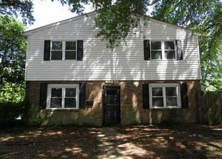 Pre Foreclosure in Virginia Beach 23462 WEBLIN DR - Property ID: 1382092362