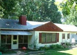 Pre Foreclosure in Scottsville 24590 SCOTT HILL LN - Property ID: 1382205810