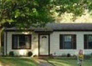 Pre Foreclosure in Evansville 47710 MEADOWRIDGE RD - Property ID: 1382401576