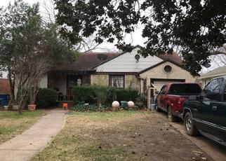 Pre Foreclosure in Dallas 75211 IVANDELL AVE - Property ID: 1382662609