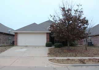 Pre Foreclosure in Crowley 76036 COTTONWOOD DR - Property ID: 1382728297
