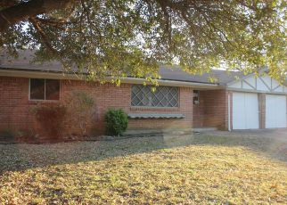 Pre Foreclosure in Fort Worth 76112 JEWELL AVE - Property ID: 1382818980