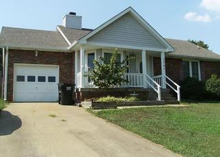 Pre Foreclosure in Clarksville 37043 CANDLEWOOD CT - Property ID: 1383074746