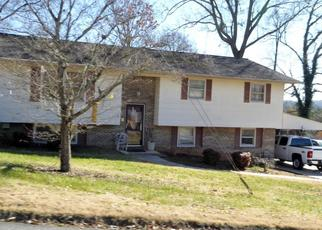 Pre Foreclosure in Kingsport 37663 ROYAL DR - Property ID: 1383104525
