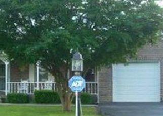 Pre Foreclosure in La Follette 37766 BROWN DR - Property ID: 1383125547