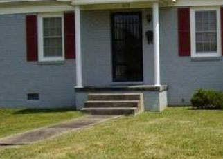 Pre Foreclosure in Kingsport 37664 FAIRFIELD AVE - Property ID: 1383139114