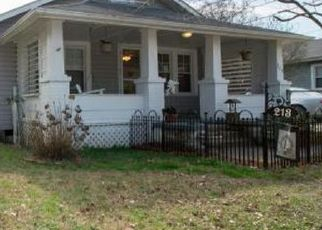 Pre Foreclosure in Spring Lake 28390 LEE ST - Property ID: 1383508781