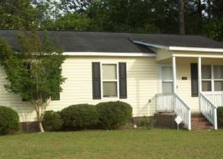 Pre Foreclosure in Fayetteville 28301 WADDELL DR - Property ID: 1383529804