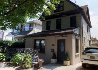 Pre Foreclosure in Staten Island 10305 ATLANTIC AVE - Property ID: 1383945882