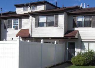 Pre Foreclosure in Staten Island 10312 PRATT CT - Property ID: 1383955955
