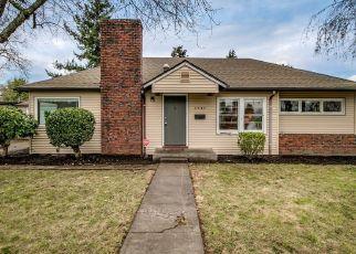 Pre Foreclosure in Portland 97218 NE 74TH AVE - Property ID: 1385023284