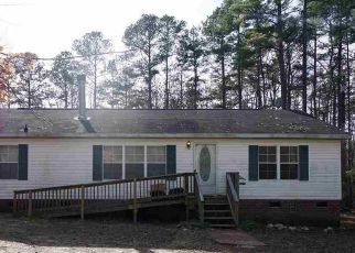 Pre Foreclosure in Henderson 27537 SPRING LN - Property ID: 1385782290