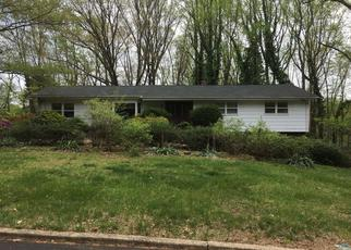 Pre Foreclosure in Holmdel 07733 GALEWOOD DR - Property ID: 1386149312