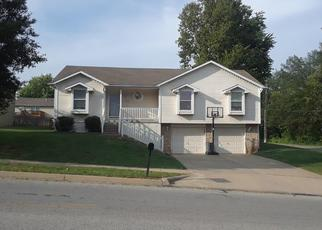 Pre Foreclosure in Liberty 64068 HOLT DR - Property ID: 1386538683