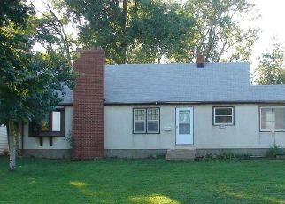 Pre Foreclosure in Minneapolis 55430 LYNDALE AVE N - Property ID: 1386632853