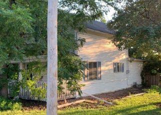 Pre Foreclosure in Le Center 56057 S LEXINGTON AVE - Property ID: 1386713878
