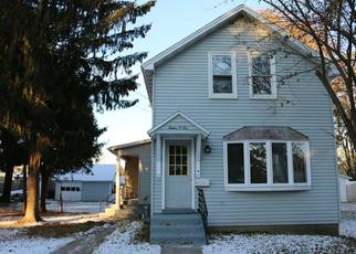 Pre Foreclosure in Menominee 49858 15TH ST - Property ID: 1386932416