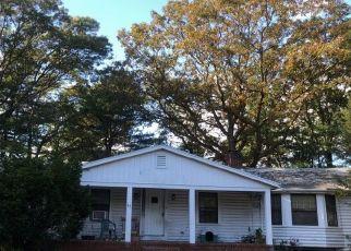 Pre Foreclosure in Attleboro 02703 CROSSMAN AVE - Property ID: 1387398423