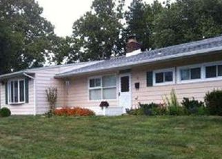 Pre Foreclosure in Levittown 19057 VINEYARD RD - Property ID: 1387447924