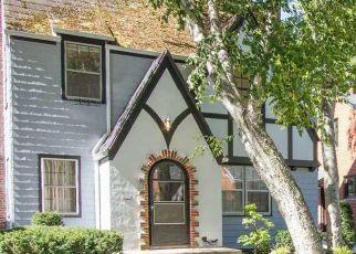 Pre Foreclosure in Toledo 43606 ALGONQUIN PKWY - Property ID: 1387543837