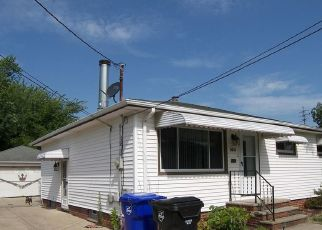 Pre Foreclosure in Brook Park 44142 W 151ST ST - Property ID: 1387915670