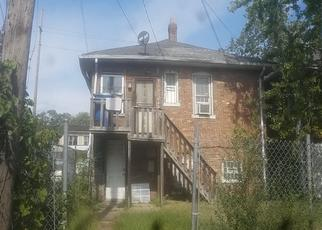Pre Foreclosure in Gary 46402 W 11TH AVE - Property ID: 1388105304