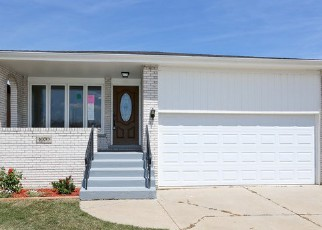 Pre Foreclosure in Calumet City 60409 HERBERT BRECLAW DR - Property ID: 1388178455