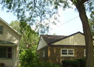 Pre Foreclosure in Dolton 60419 ANN ST - Property ID: 1388323420