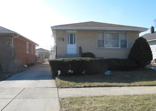 Pre Foreclosure in Calumet City 60409 MACKINAW AVE - Property ID: 1388345315
