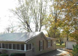 Pre Foreclosure in Bedford 47421 22ND ST - Property ID: 1388569565
