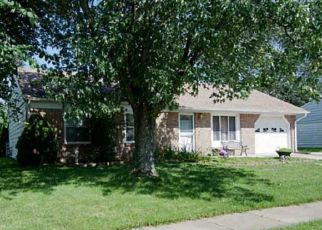 Pre Foreclosure in Bargersville 46106 OLD TRAIL DR - Property ID: 1388571310