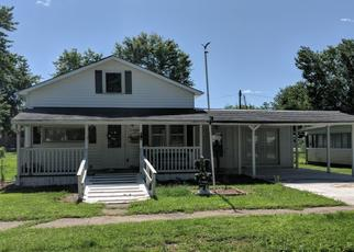 Pre Foreclosure in Marshall 62441 PLUM ST - Property ID: 1388619940