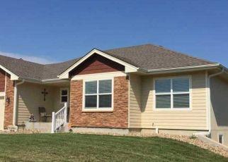 Pre Foreclosure in Topeka 66605 SE GREENWOOD CT - Property ID: 1388722861