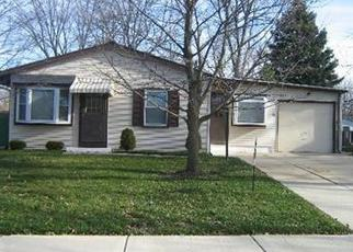 Pre Foreclosure in Carpentersville 60110 BERKLEY ST - Property ID: 1388883140