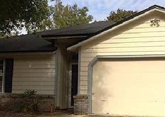 Pre Foreclosure in Jacksonville 32244 ROCKRIDGE DR - Property ID: 1389052656