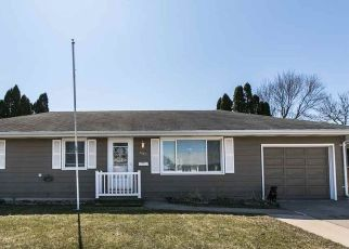 Pre Foreclosure in Dubuque 52001 KANE ST - Property ID: 1389111331