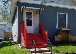 Pre Foreclosure in Waterloo 50701 W 2ND ST - Property ID: 1389191936